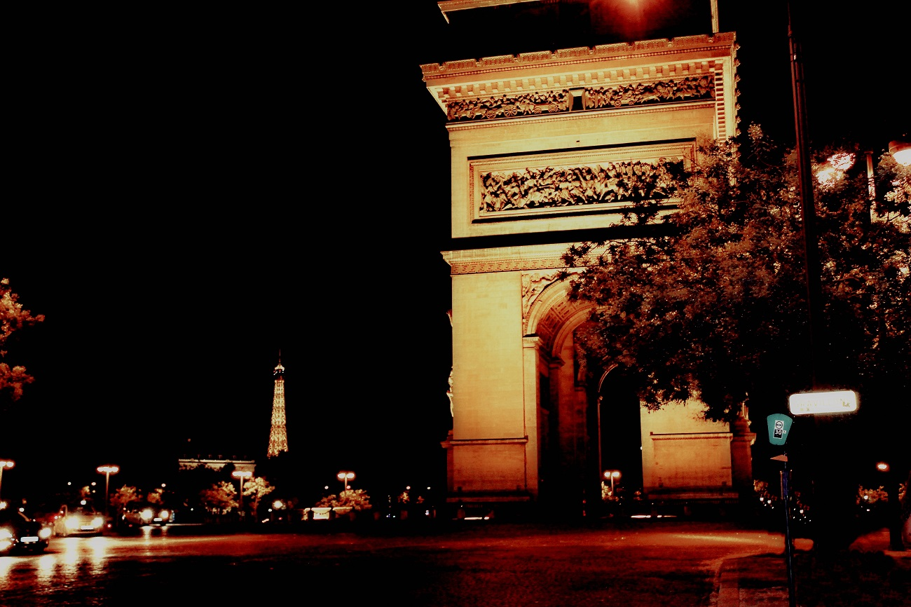 The Arc de Triomphe is perhaps the most iconic of all French monuments. Style by Vukota.