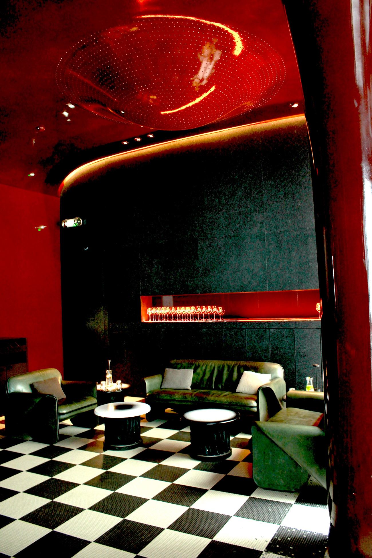 Les Bains Douches  Paris. Style by Vukota. Fashionela