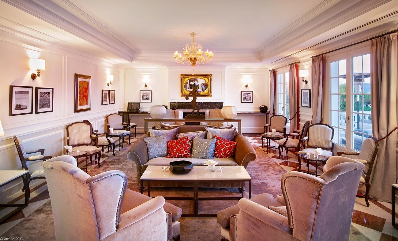 Villa-Belrose-Lobby