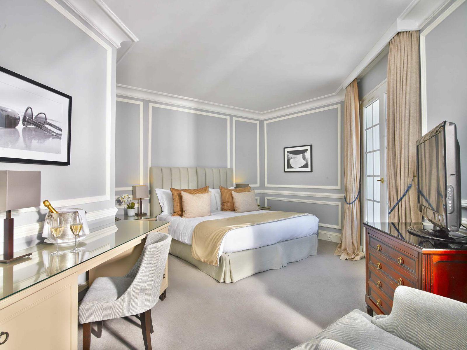 Villa-Belrose-Room-2
