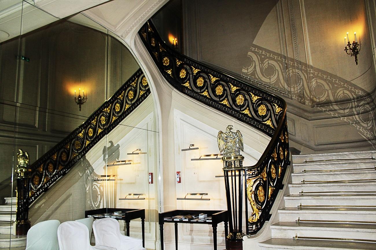 La maison champs elys es hotel style by vukota - La maison champs elysees ...